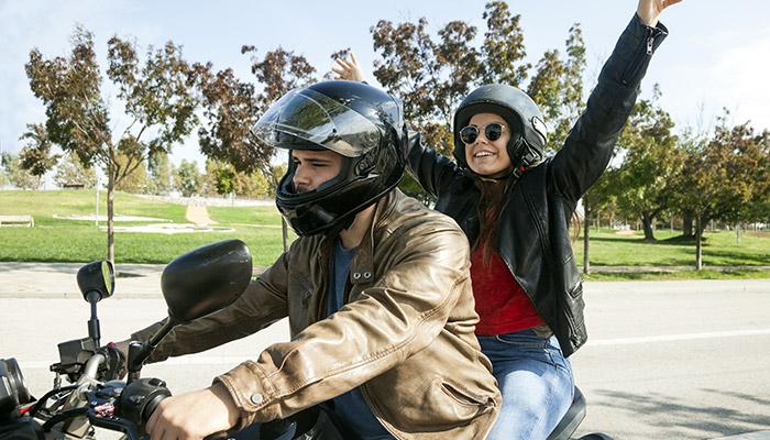 ¡Comprobado! Andar en moto te hace feliz