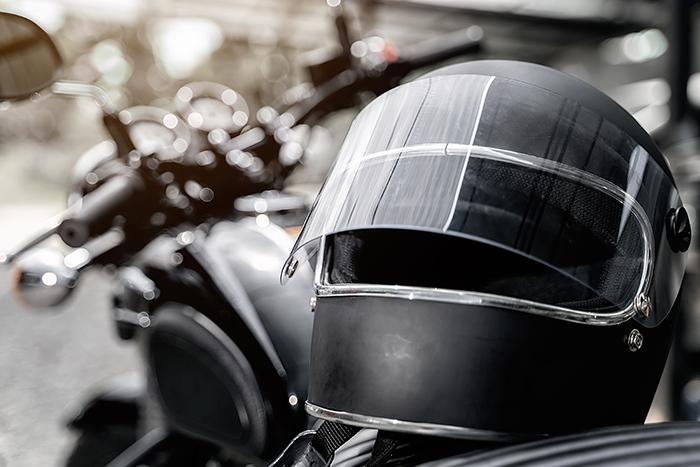 ¿Cuánto sabés sobre cascos de moto y su uso?