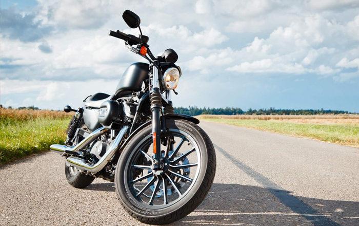 Consejos que te ayudarán a pasar menos calor en moto