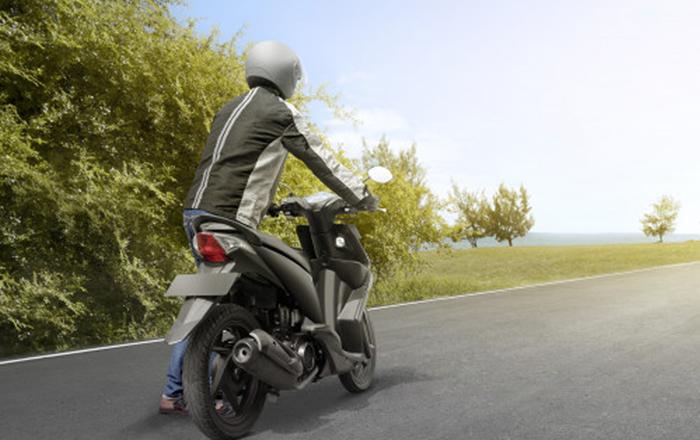 Cómo arrancar tu moto empujándola