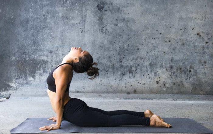 Beneficios y dificultades de practicar yoga